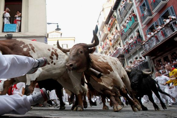 Image from: http://www.mirror.co.uk/news/world-news/san-fermin-2013-four-gored-2046546